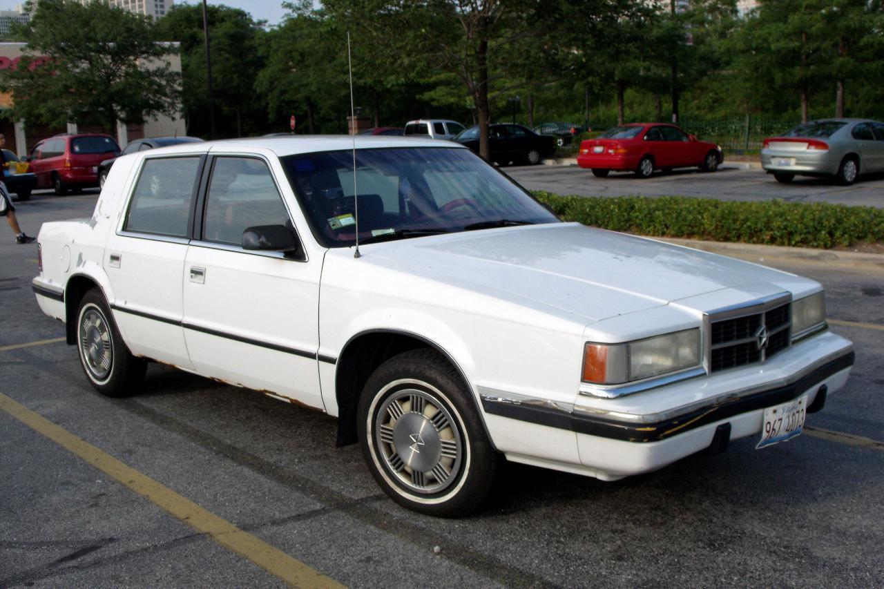 1990 Ford Taurus >> Dodge Dynasty